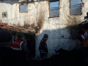 Bursa, Mudanya'da Yaşlı Adam Hüseyin Dilsiz, Soba Yakarken Kendini Yaktı