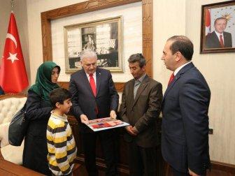 Şehit er Recep Bodur'un Ailesi İçin Yaptırılan Evin Anahtarı Başbakan Yıldırım'dan