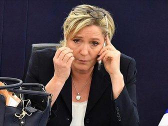 AP'den Le Pen'e büyük şok!