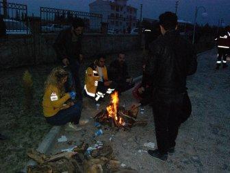 Adıyaman'da Vatandaşlar Artçı Sarsıntılar Nedeniyle Geceyi Dışarıda Geçirdi