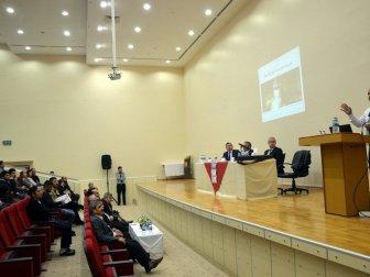 Harran Üniversitesi Tıp Fakültesinde Manevi Hastalıklar ve Çözüm Yolları Paneli