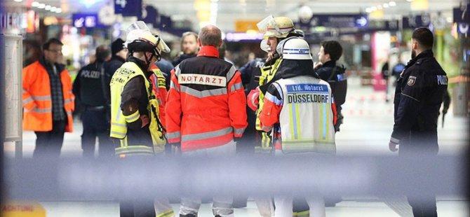 Almanya Düsseldorf'da Baltalı Saldırı: 7 Yaralı
