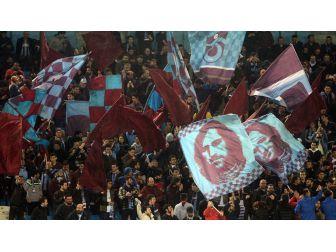 Trabzonspor'da Taraftar Rekoru Kırıldı