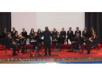 Elazığ'da 'Tıp Bayramı Konseri' Verildi