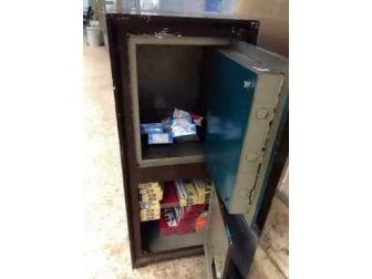 Fatih'te 16 Bin Paket Kaçak Sigara Ele Geçirildi