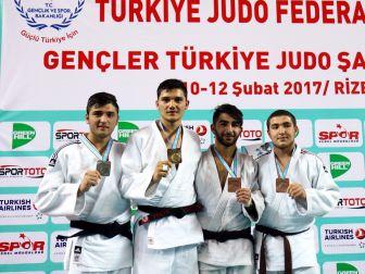 Genç Judocular Milli Takım Yolunda