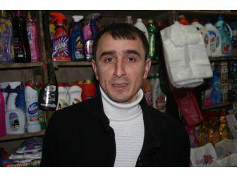 Hırsızlar Bir Saatte 5 Dükkandan 50 Bin Lira Çaldı