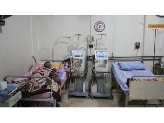 Esed Rejimi Kuşatmasındaki Böbrek Hastaları Ölümle Karşı Karşıya