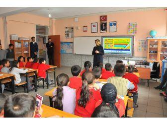 Akşehir'de Öğrenci-yazar Buluşmaları Sürüyor