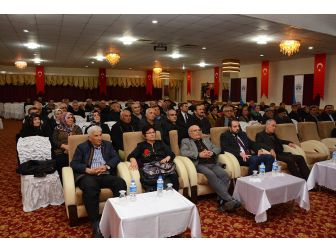 "Dinar'da ""Çanakkale Ruhu"" Konferansı Düzenlendi"