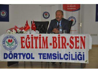 """Prof. Dr. Çelik: """"Son Yüzyılda Yetiştirdiğimiz Üç Neslimizi Mahvettiler"""""""