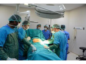 Dü'de 3 Hasta Ağrılarından Kurtuldu