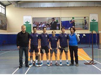 Osmangazili Badmintoncular Balkan Şampiyonası Yolcusu