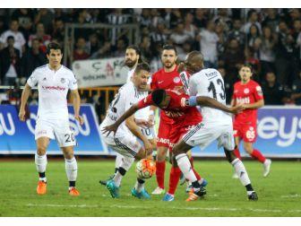 Antalyaspor İle Beşiktaş Süper Lig'de 42. Randevuda