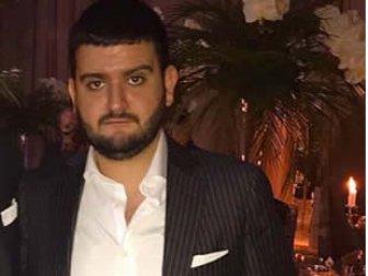 """Halil Can Demirezen, düğünde """"Servet"""" taktı"""