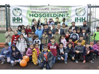 Diyarbakır'da Yetimler İçin Etkinlik