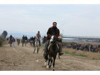 Atlar Kocagür'de Çanakkale Şehitleri İçin Koştu