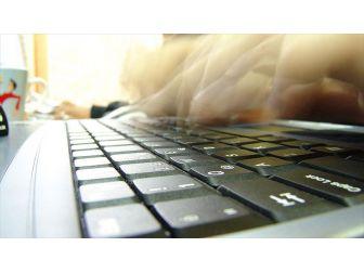 'Türkiye'de Orijinal Yazılım Kullanma Bilinci Çok Az'