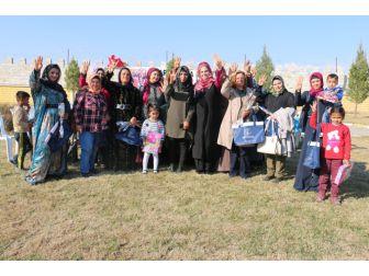 Ayşenur Ayhan, Gençlerle Referandumu Konuştu