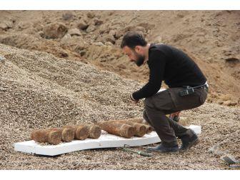 Toprağa Gömülü Halde 10 Top Mermisi Bulundu