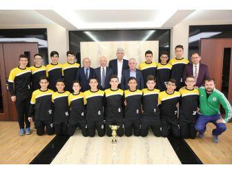 Kayseri Şampiyonu Başkan Çolakbayrakdar'ı Ziyaret Etti