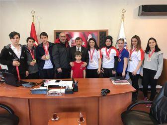 Yalovalı Bilek Güreşçileri Antalya'dan 26 Madalya İle Döndü