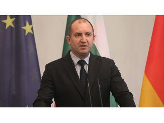 Bulgaristan Cumhurbaşkanından Ab'ye 'Sığınmacı Yardımı' Talebi
