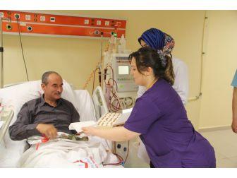 Böbrek Hastalarından Organ Bağışı Çağrısı