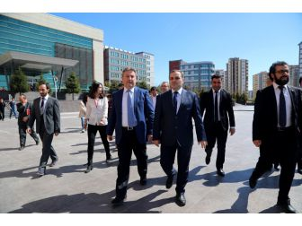 Başkan Palancıoğlu'ndan Mühendislik Öğrencilerine Nasihatler