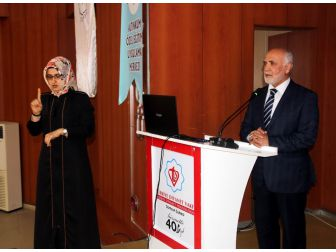 """""""İslam'ın Engellilere Yaklaşımı"""" Konferansı"""
