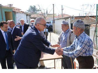 Başkan Ergün, Soma'da Vatandaşları Dinledi