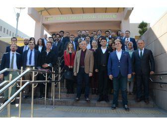 Ak Parti Milletvekili Sürekli'den İzmir Barosuna Sert Eleştiriler