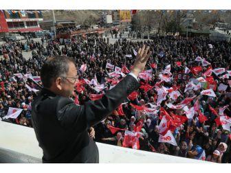 """""""Kayseri Tarihinin En Büyük Yatırımlarını Yapıyoruz"""""""