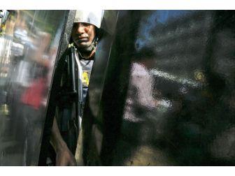 Bangladeş'te Terör Saldırısı