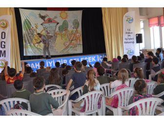 Bayırköylü Çocuklara Tiyatroyla Ormanın Önemi Anlatıldı