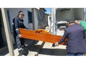 Sivas'ta Yalnız Yaşayan Adam Ölü Bulundu