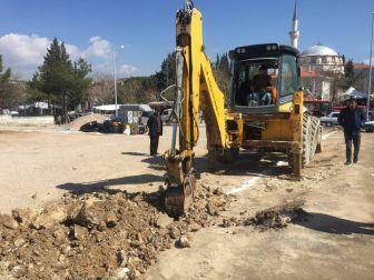 Gördes Şehit Makbule Hanım Meydanı Yenileniyor