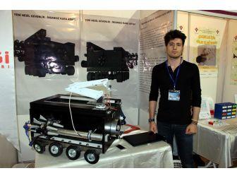 Lise Öğrencisi 'Mehmetçik' İçin Keşfetti