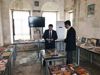 Kaymakam Ömer Çimşit Halk Kütüphanesini Ziyaret Etti