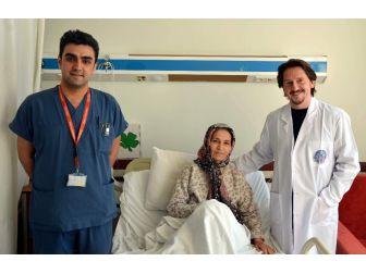 Aort Damarındaki Genişleme Fark Edilince İki Ameliyat Birden Oldu