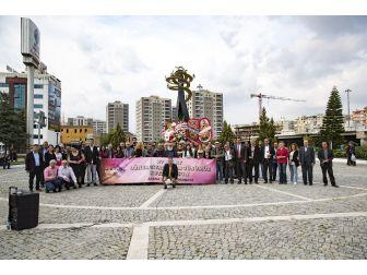Tiyatrocular Dünya Tiyatrolar Günü'nü Kutladı