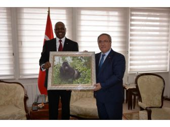 Ruanda Büyükelçisi Kütahya'da