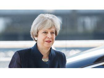 İngiltere Başbakanı 'Brexit' Mektubunu İmzaladı