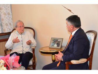 103 Yaşındaki Kıymet Öğretmene Vefa Ziyareti