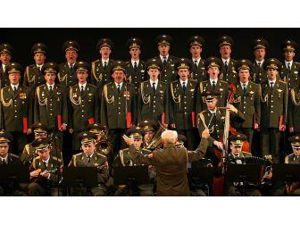 Rus Kızıl Ordu Korosu, İstanbulda konser verecek 22