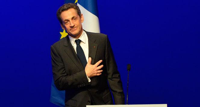Sarkozy'den Fillon'a Destek