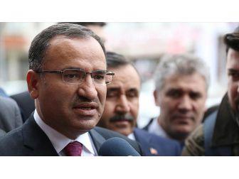 Adalet Bakanı Bozdağ'dan, Emre Uslu'nun Tweetine Sert Cevap