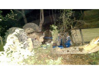 Kastamonu'da Traktör Uçuruma Yuvarlandı: 1 Yaralı
