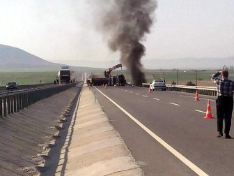 Kütahya-Afyonkarahisar Karayolunda 2 Tır Çarpıştı: 1 Yaralı