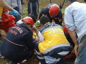 Şanlıurfa'da 9 Yaşındaki Çocuk İki Ayağını Çapa Makinesine Kaptırdı